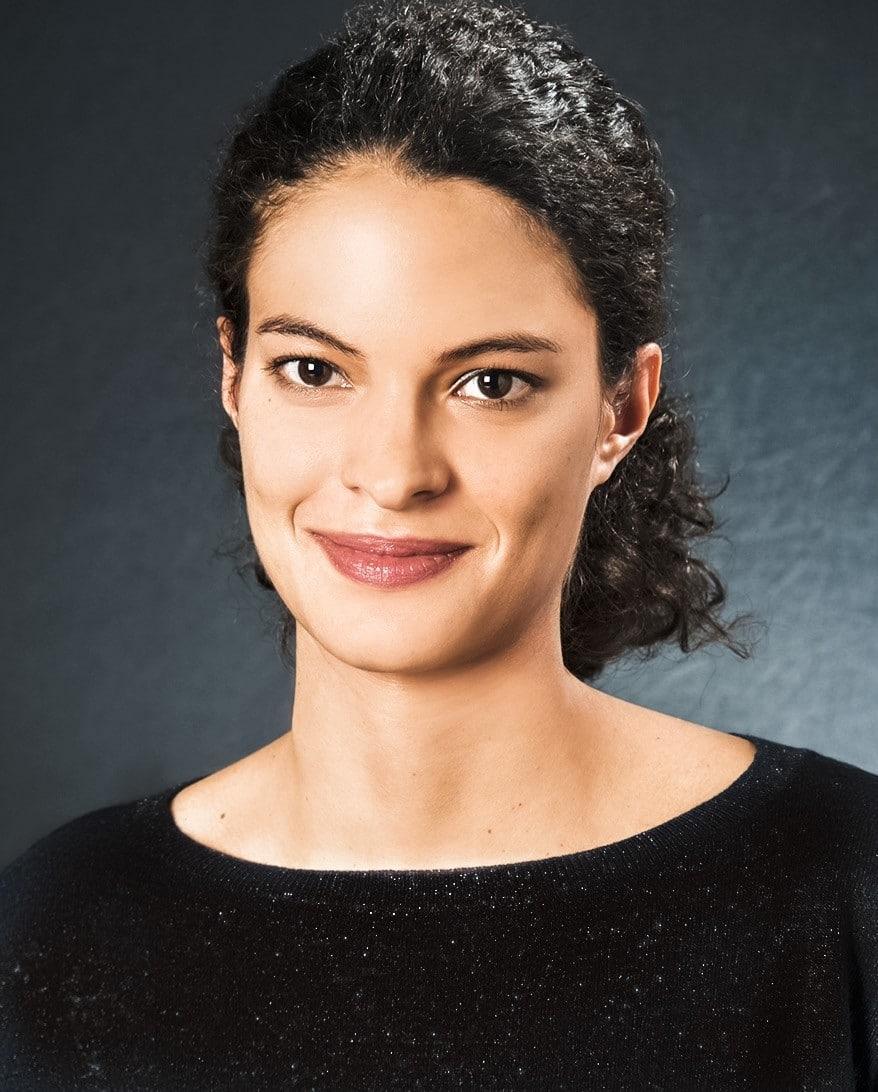 Mariek Bégasse: Podologue Ostéopathe et Assistante du dr Paillard: Chirurgien Orthopédique à Paris